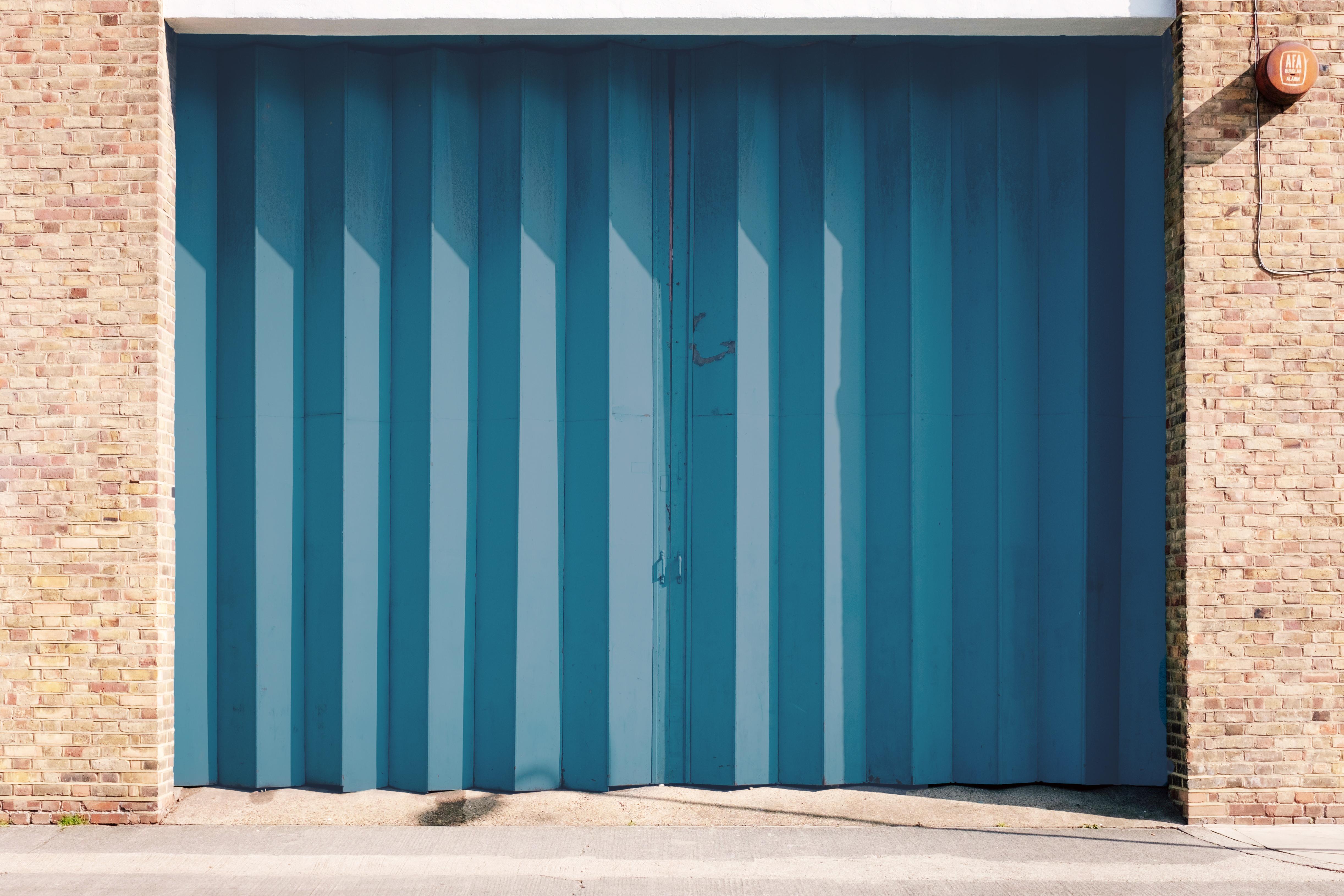 Floridians lack awareness of hurricane risks from garage doors, generators, insurance deductibles