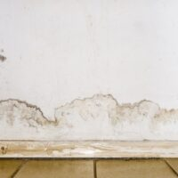 flooding-rainwater-floor-heating-systems-causing-damage-peeling-paint-mildew_132310-101
